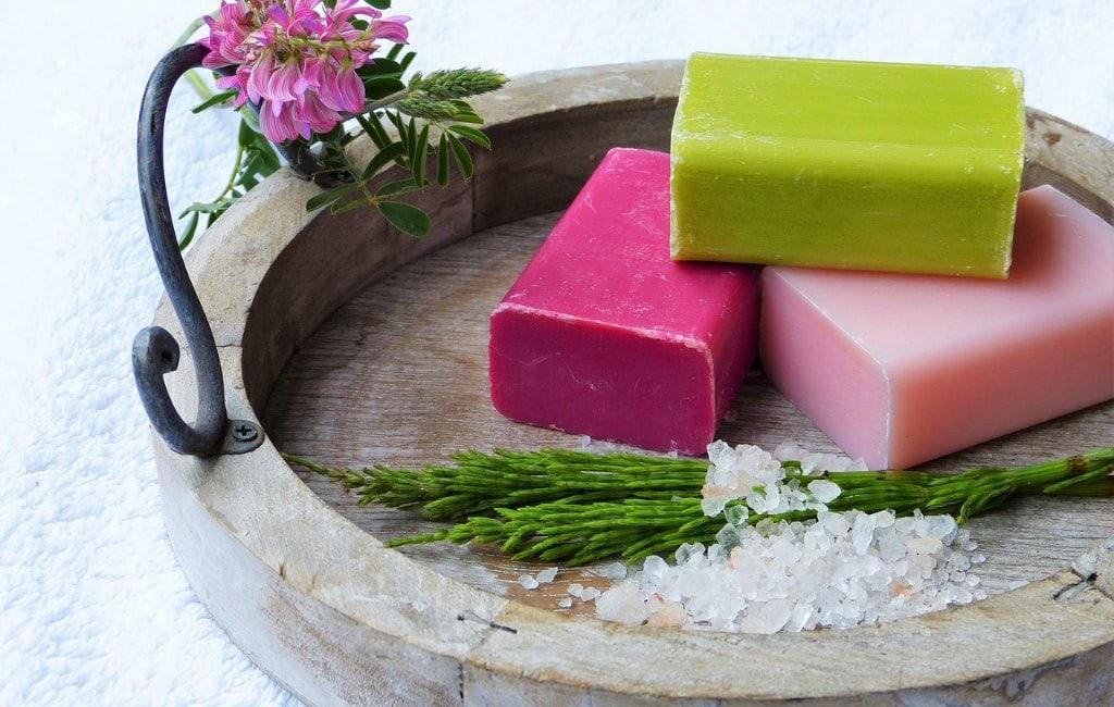 bathing soap detergent bar