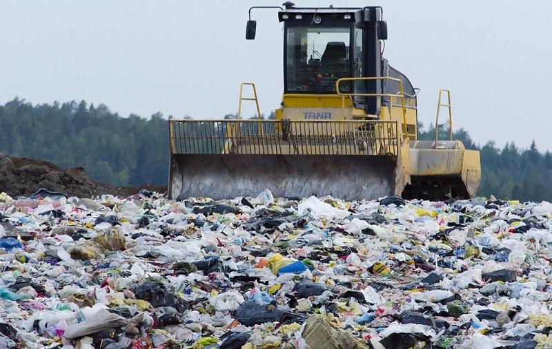 waste management landfill jcb machine dirt separating tana