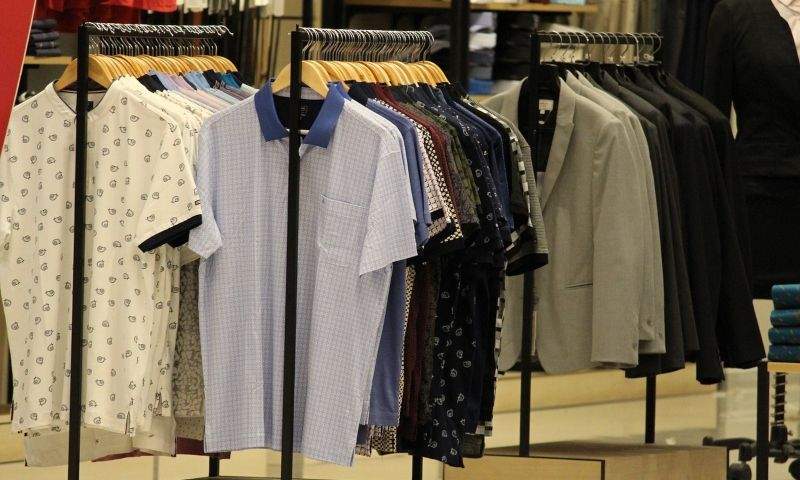 How To Start A Sustainable {Eco-Friendly} Apparel Business